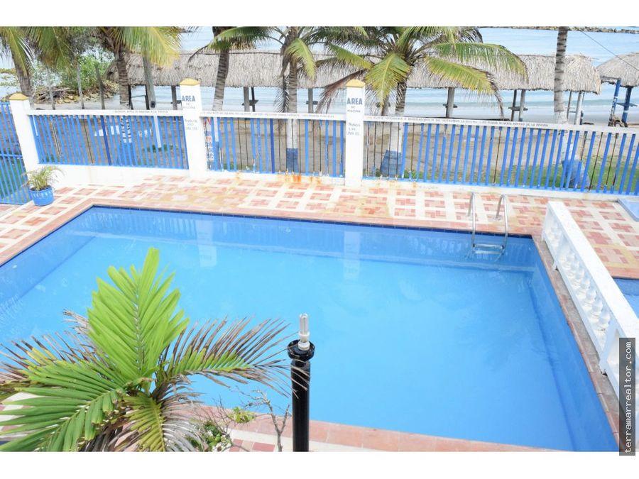 cabana para 14 personas con piscina frente al mar