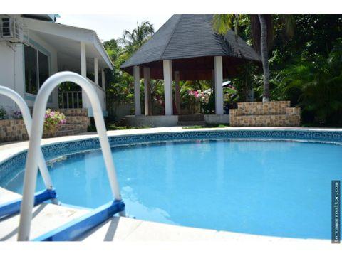 alquiler de cabana con piscina san antero