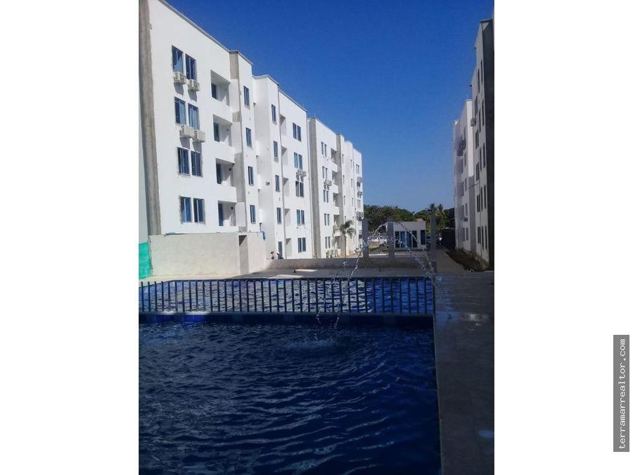 alquiler de apartamento cerca al mar con piscina
