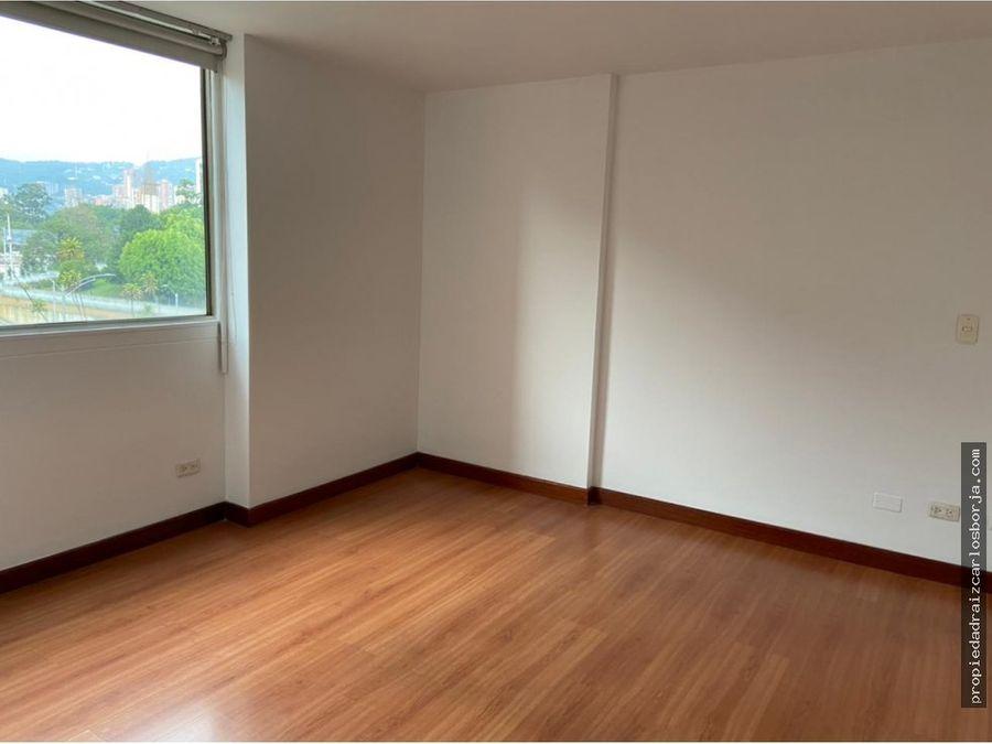 apartamento en venta en el poblado la inferior
