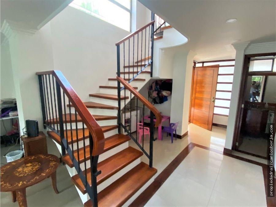 casa en venta en envigado la intermedia la sebastiana