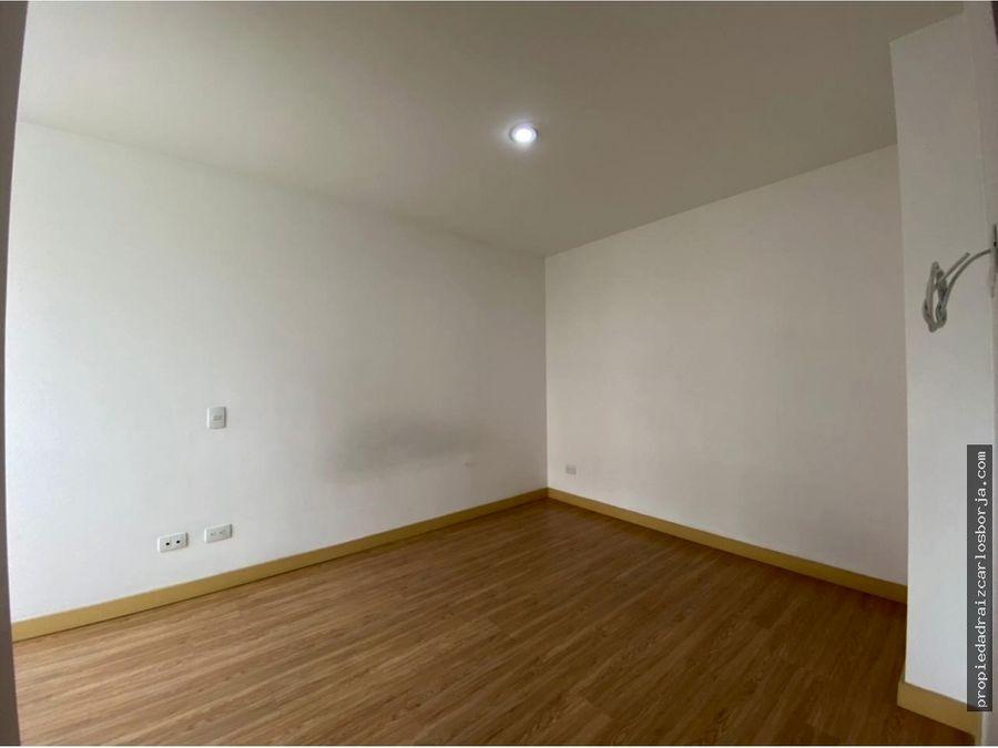 apartamento en venta en envigado loma del esmeraldal