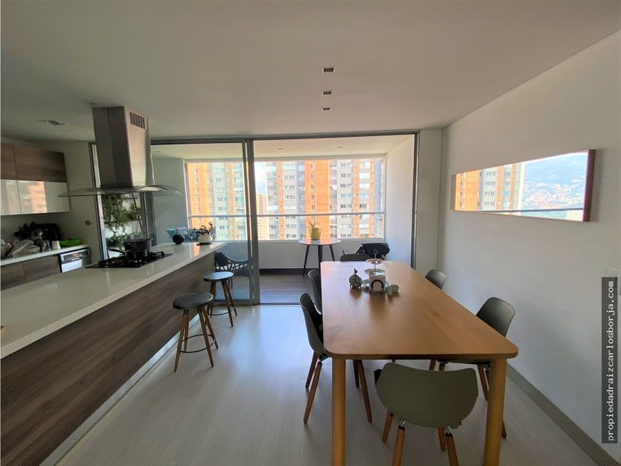 apartamento en venta en el poblado castropol
