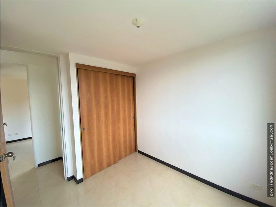 apartamento en venta en envigado loma del escobero