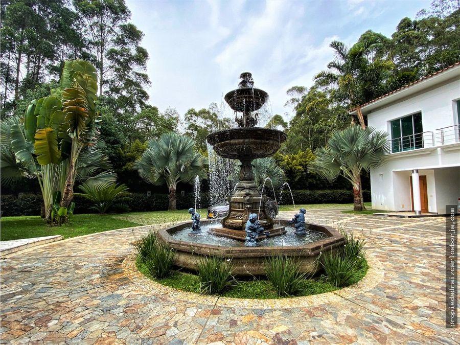 casa de lujo en medellin las palmas