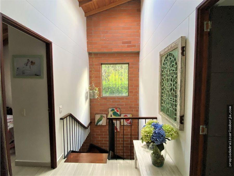 casa esquinera envigado camino verde en venta