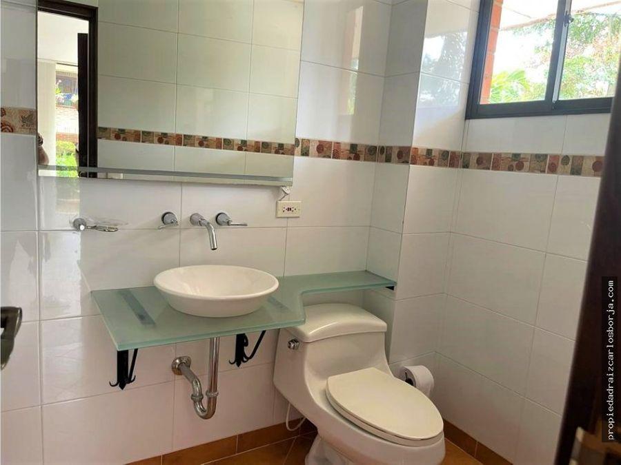 casa en venta en la estrella sector salvatorianos