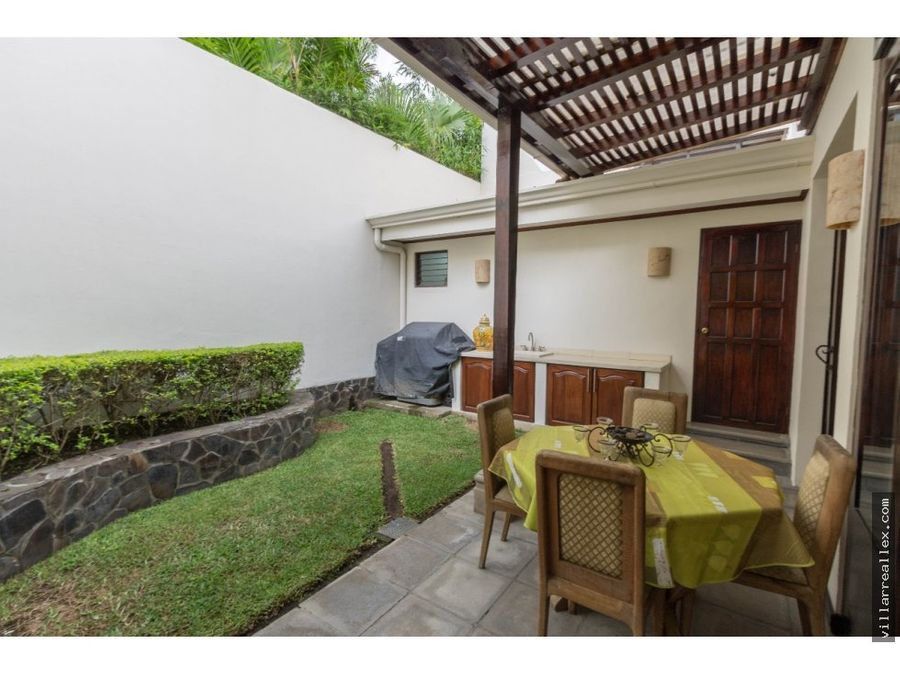 casa en venta en escazu d16