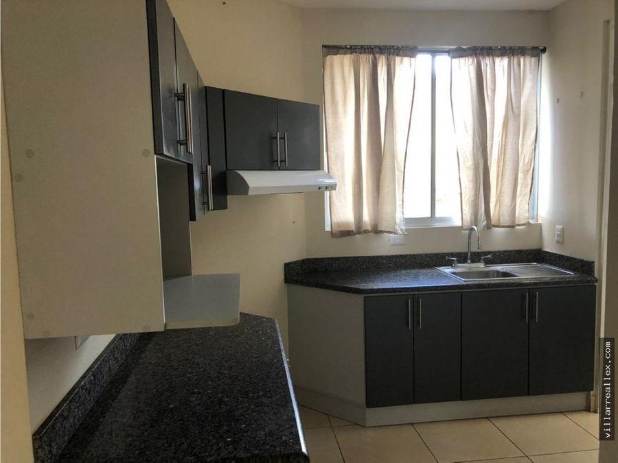 v93 comoda casa en venta san francisco heredia