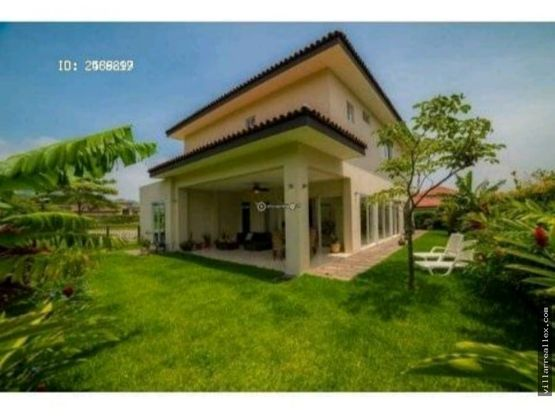 v15 casa nueva en alquiler en santa ana