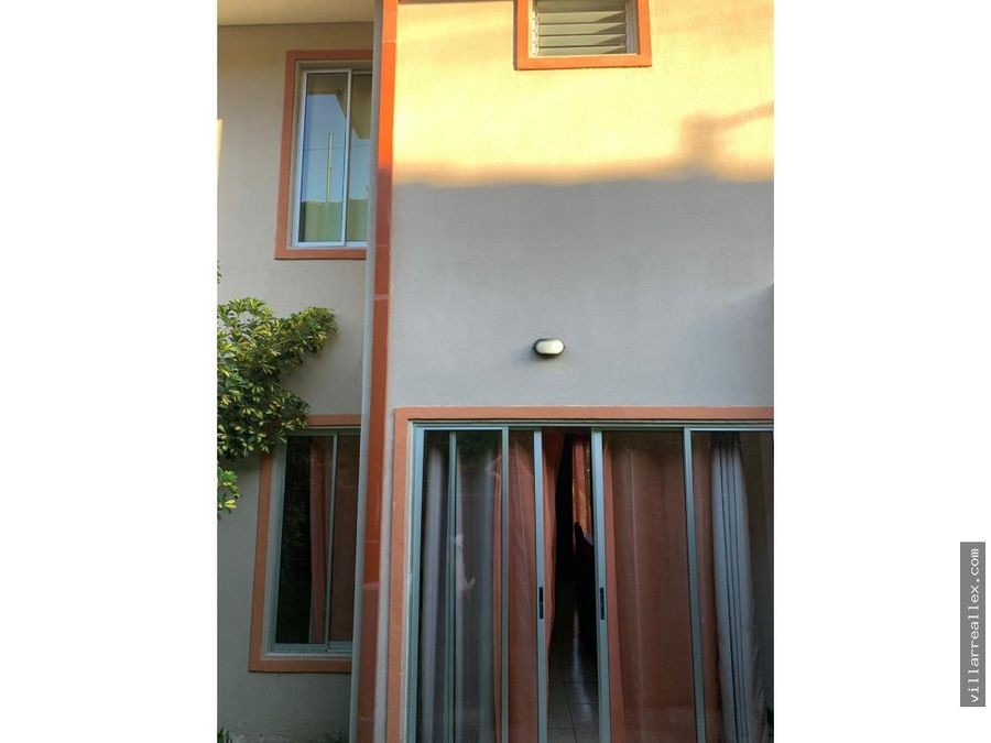 v54 comoda casa en venta piedades santa ana