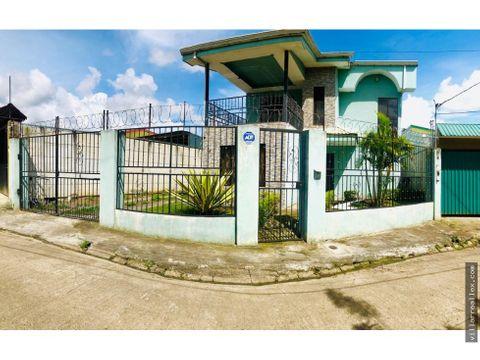 v73 amplia casa en venta cartago