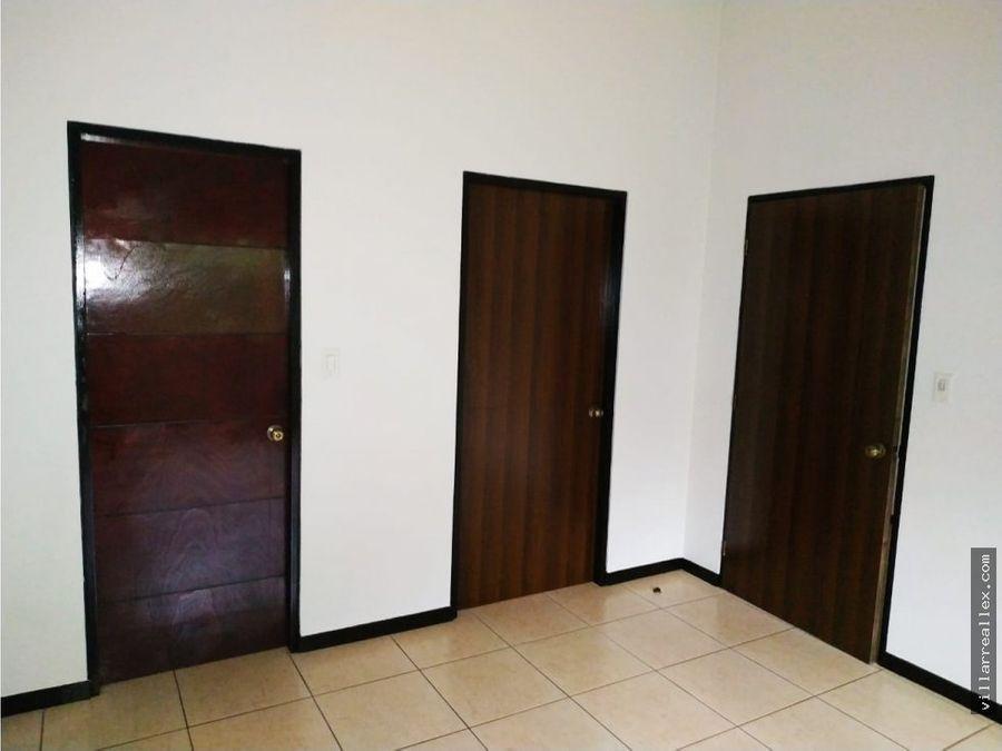 v160 acogedora casa en alquiler alajuela