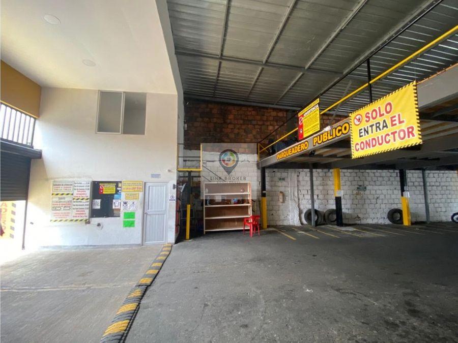 venta amplio parqueadero centro pereira