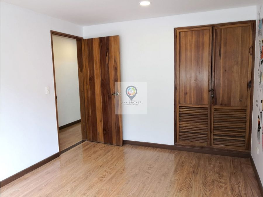 se vende apartamento en avenida pinares en pereira