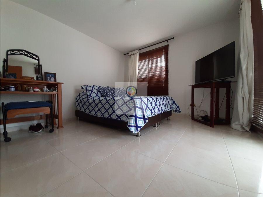alquiler casa sector unicentro