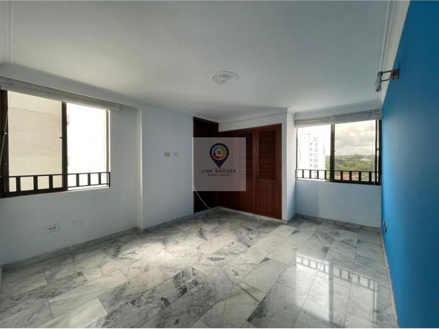 venta apartamento amplio e iluminado pinares pereira