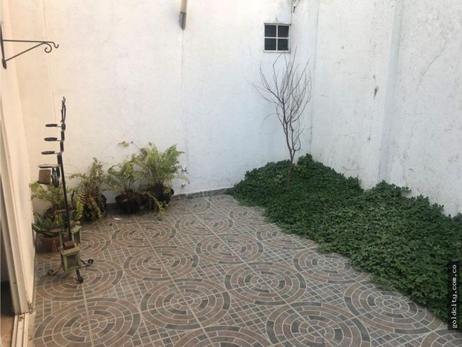 casa independiente en urbanizacion rio lili cali