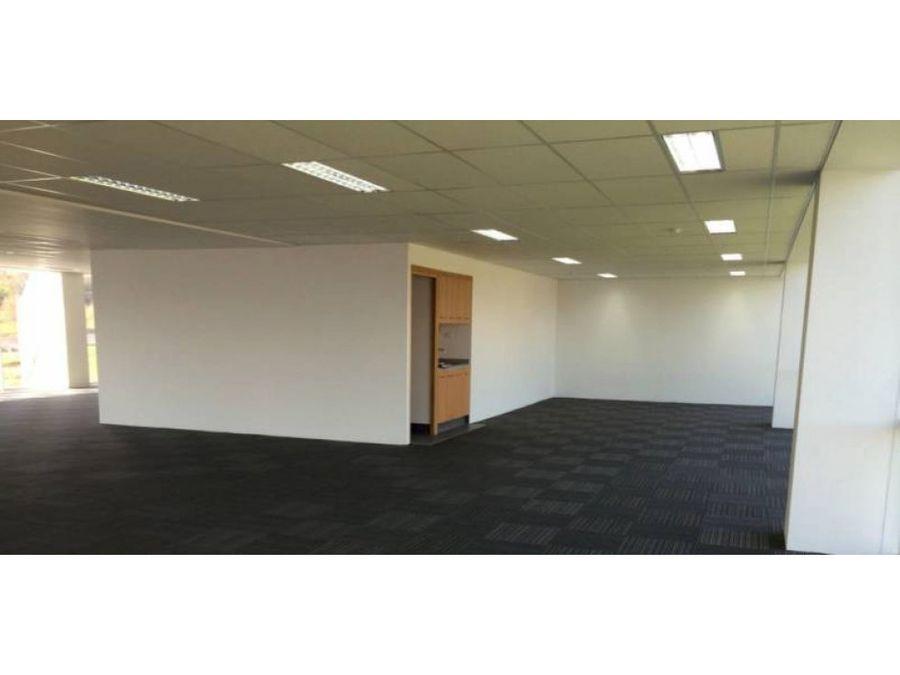 oficina arriendo 282 mt2 ciudad empresarial