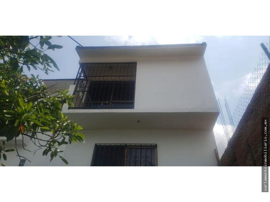se vende excelente casa estilo moderno 2 niveles