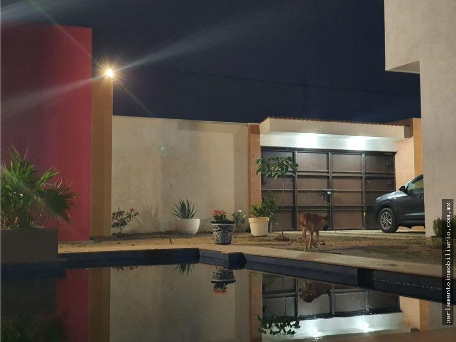 casa en venta con alberca en cuautla morelos en muy buena ubicacion