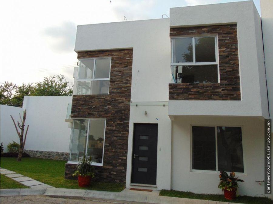 casas en venta con alberca en privada de 8 casas