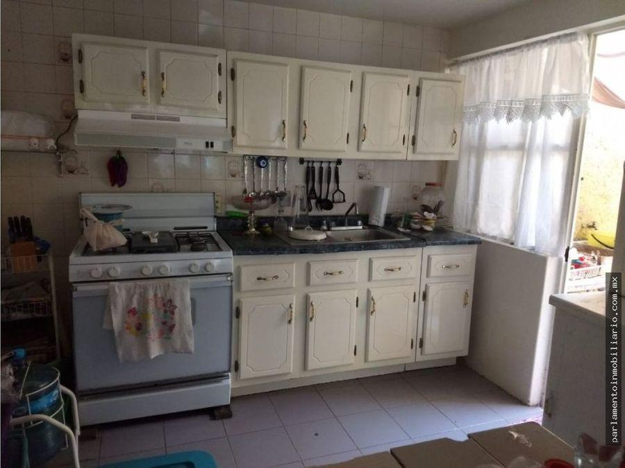 se vende casa en condominio muy cerca de blvd cuauhnahuac