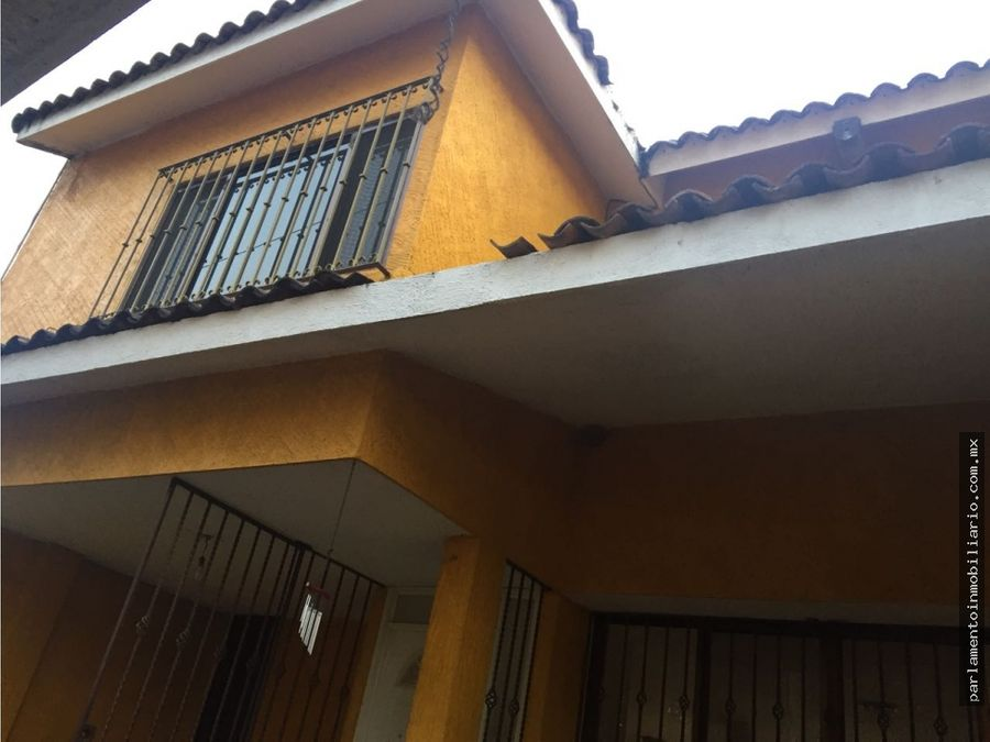 se vende casa sobre avenida principal en subida a chalma