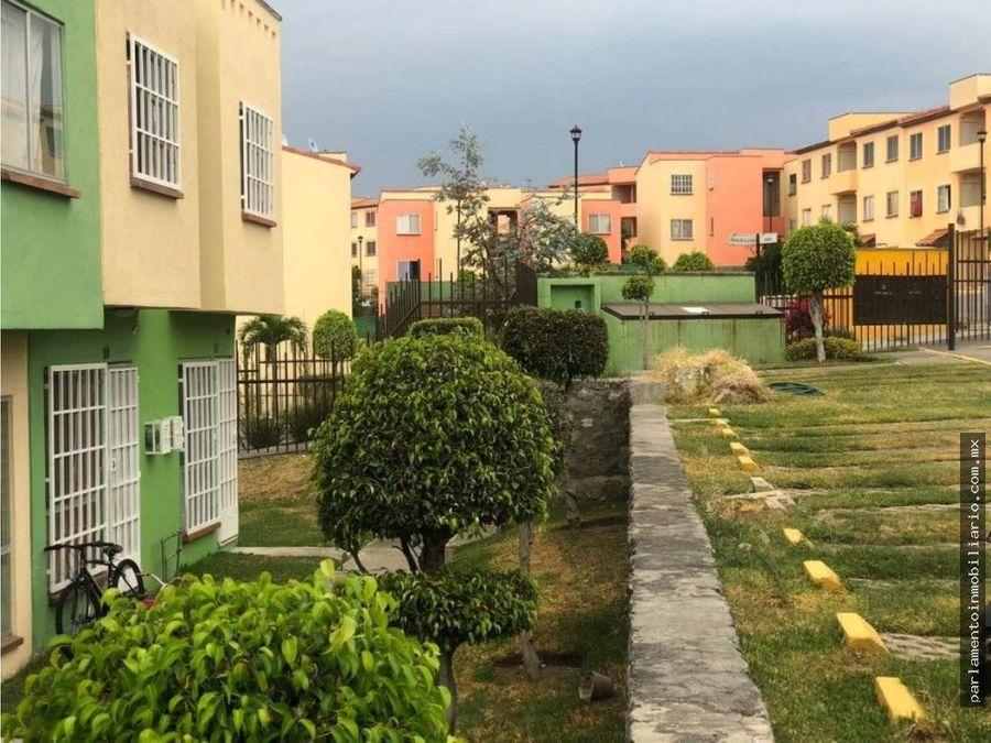 se vende casa en condominio punta verde