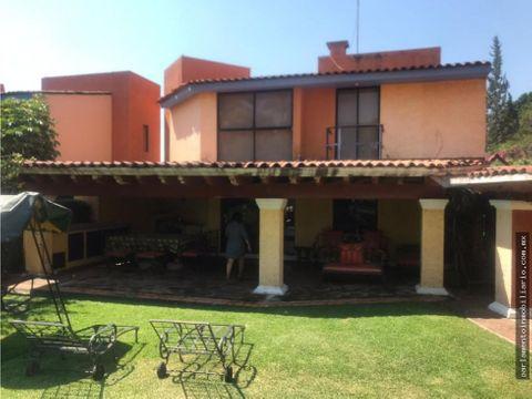 se vende excelente casa en condominio en jiutepec