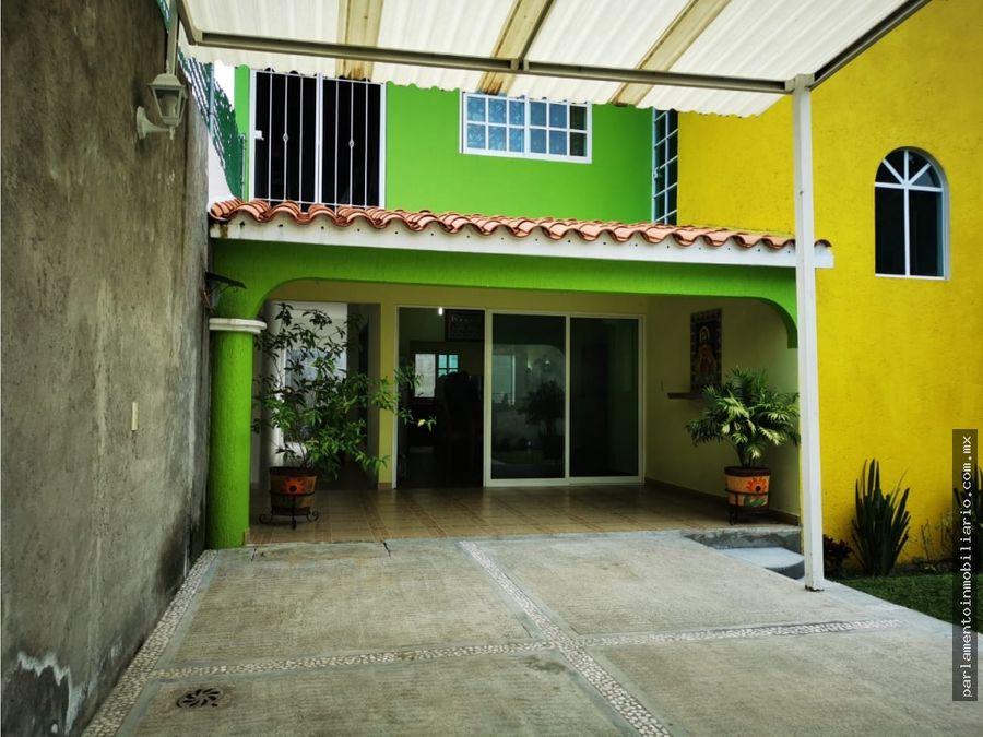 casa sola en venta en morelos jardin amplio