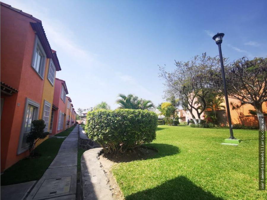 venta casa con alberca en esquina y terreno acepto creditos en morelos
