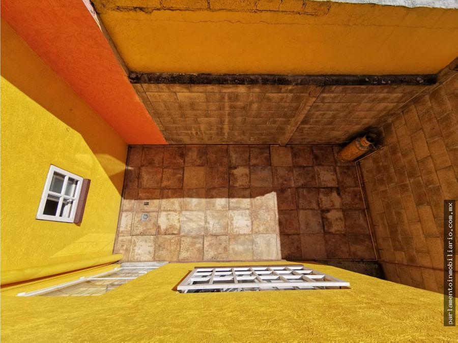 casa en morelos con alberca y patio amplio