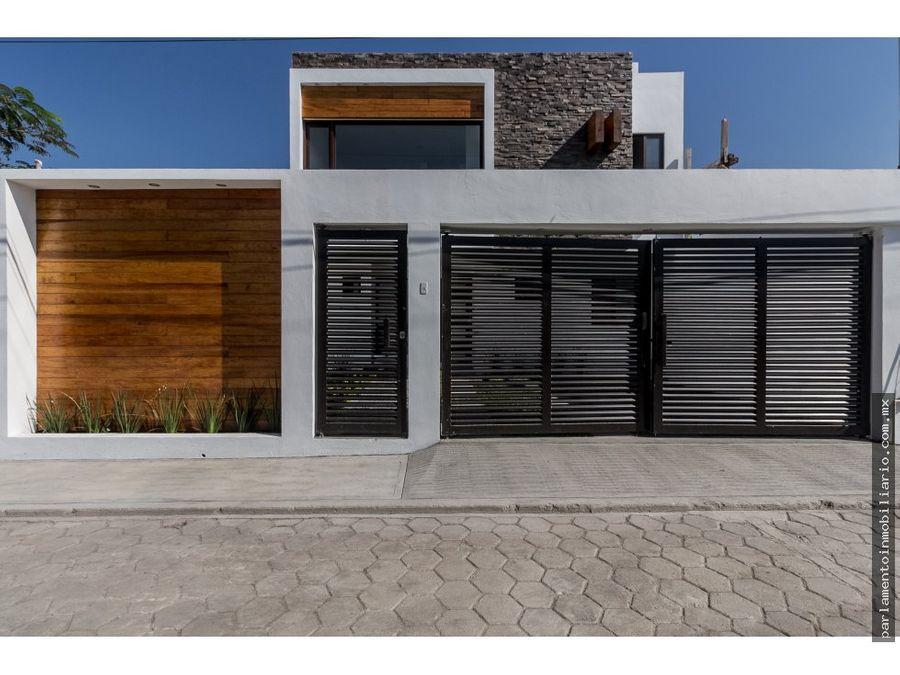 casa en venta con alberca roof y jacuzzi teques