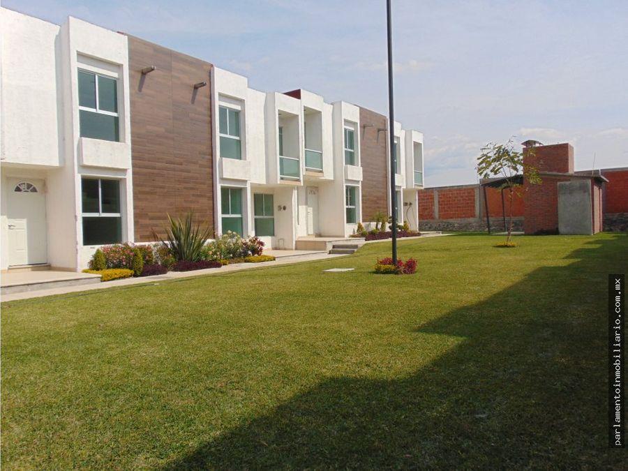 casas con alberca en zona cuautla 3 rcs y estudio