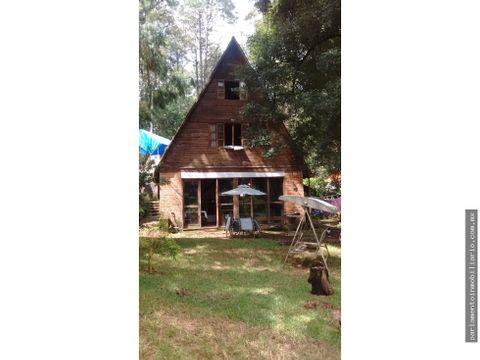 se vende cabana en tres marias escriturada