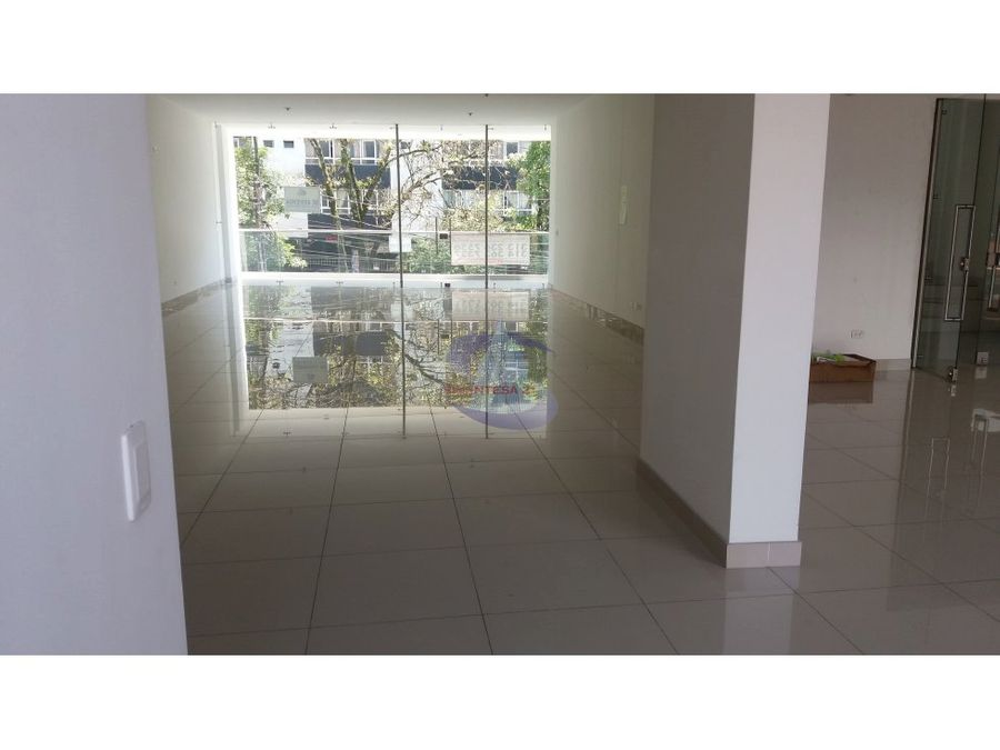 arriendo local 400 mt en pleno centro de ibague
