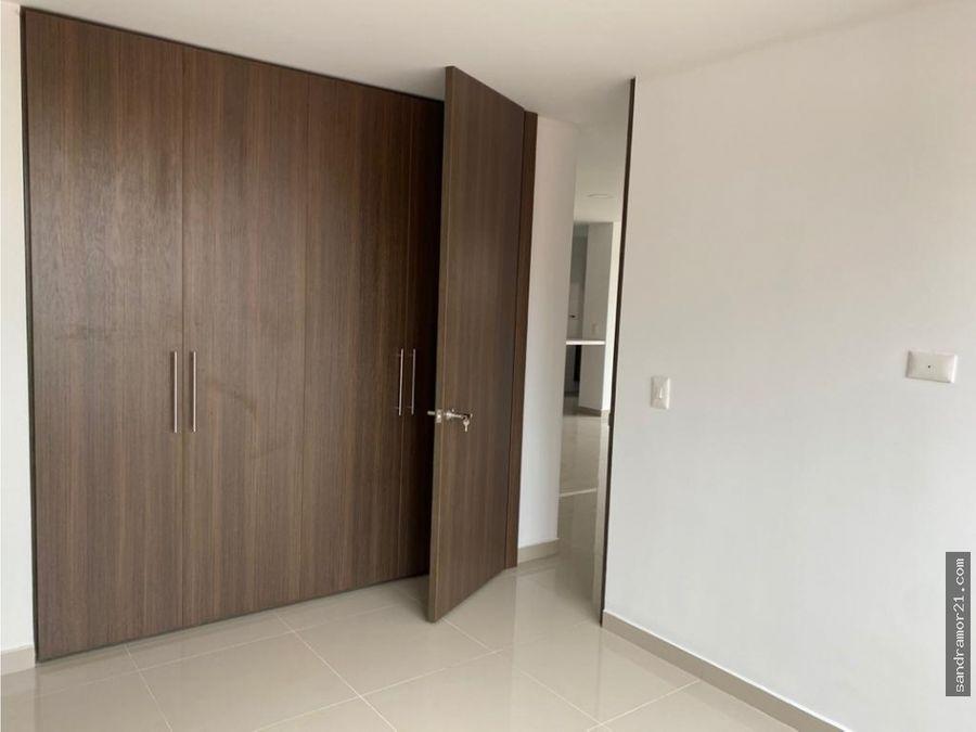 arriendo amplio apartamento 2 piso peidra pintada alta