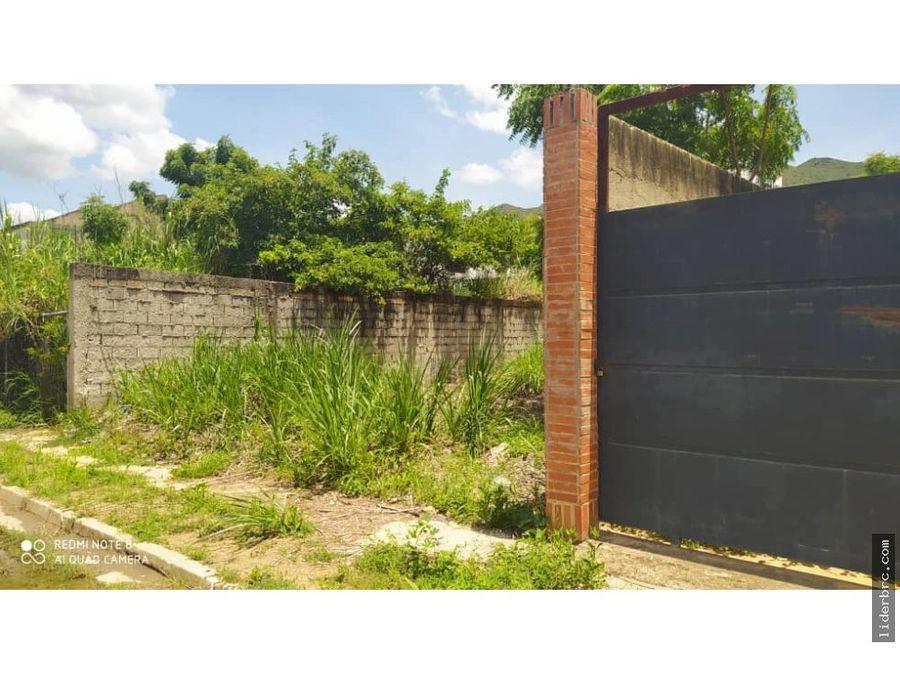 en venta terreno en jardines de manongo naguanagua