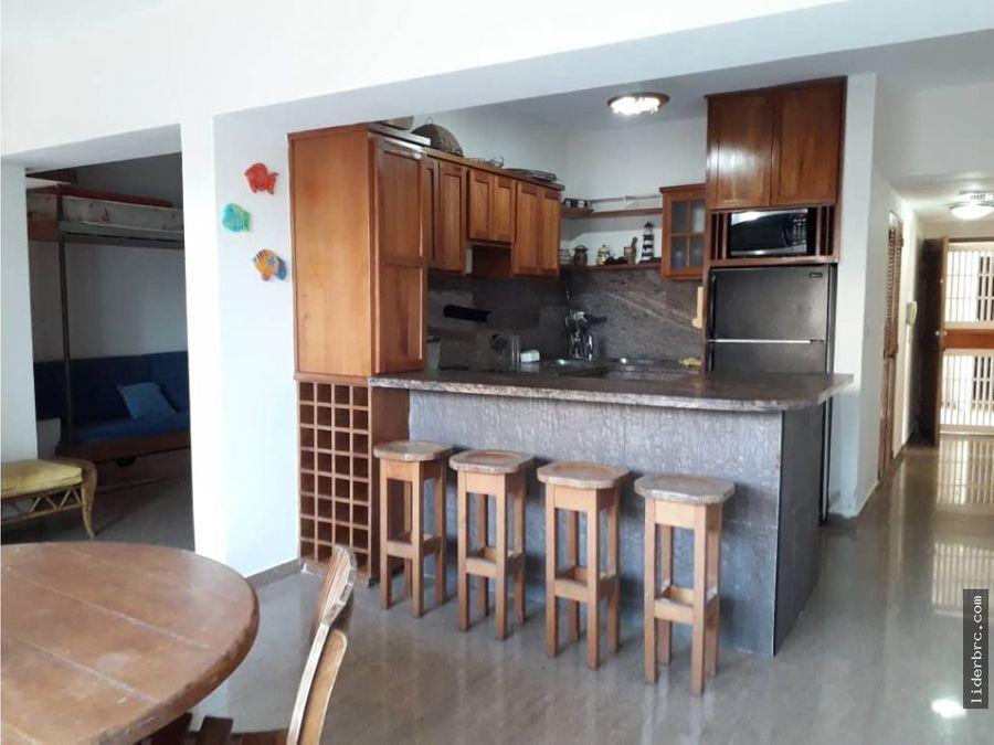 se vende apartamento en puerto arena tucacas