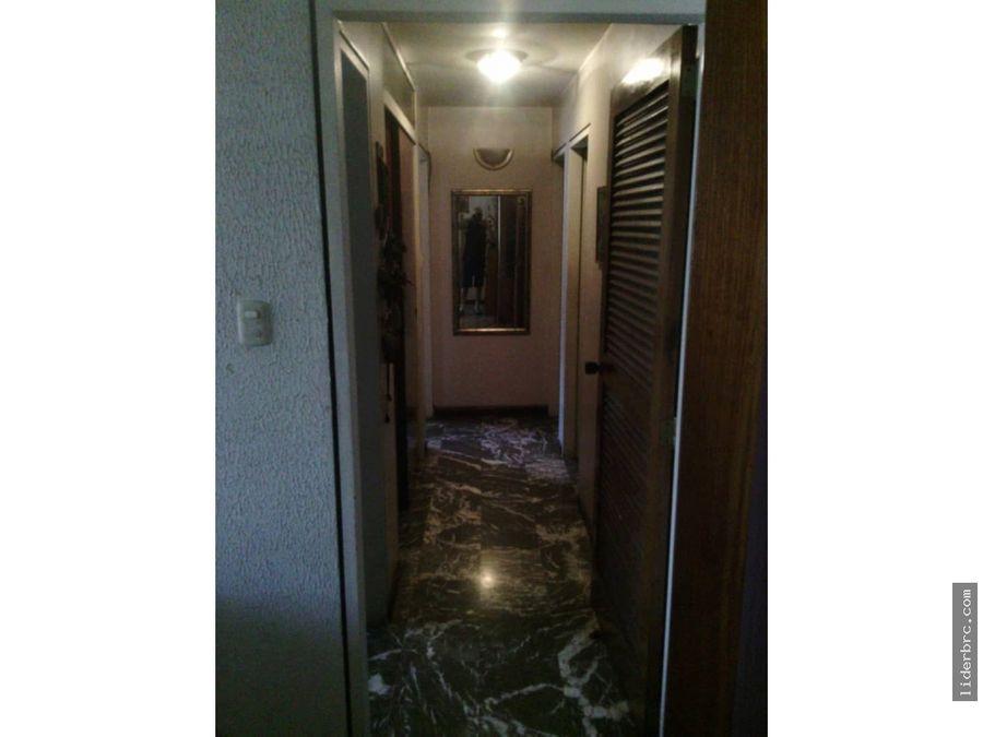 en venta amplio apartamento en residencias morichal caracas