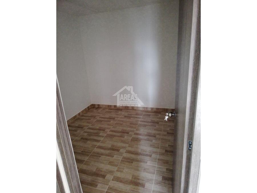venta de casa en la fachada con doble renta