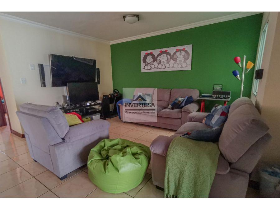 vendo linda casa en exclusivo condominio