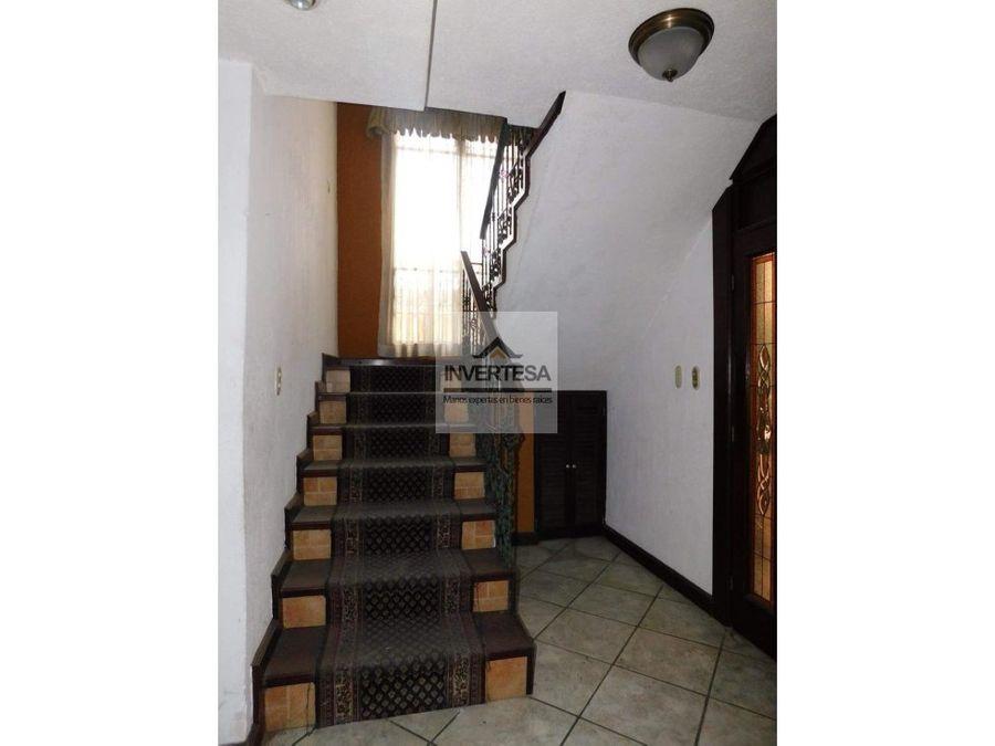 vendo linda casa en zona 11 de mixco minervas