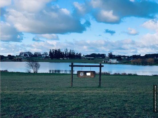 lote sobre lago principal en pueblo mio
