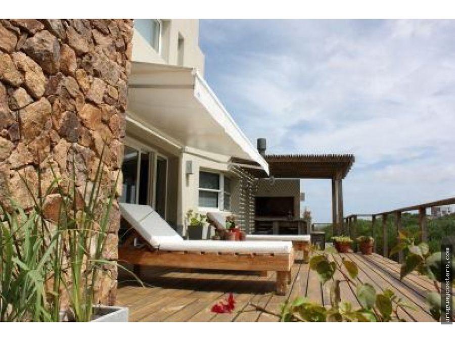 importante casa en la playa en la boyita