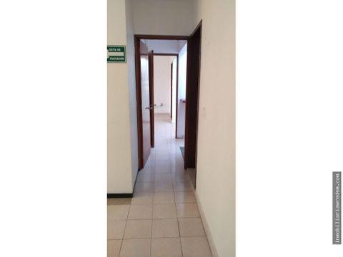 renta de piso con oficinas
