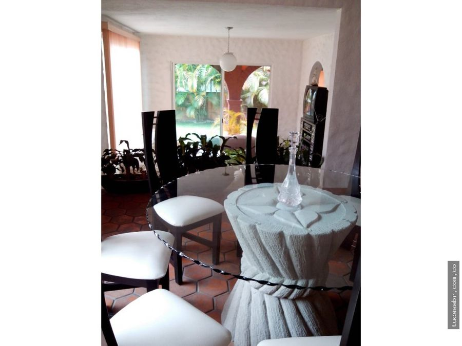 linda casa en col tulipanes cuernavaca