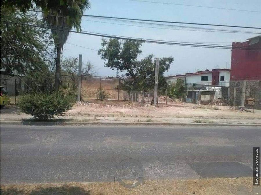 excelente terreno sobre boulevard cuaunahuac