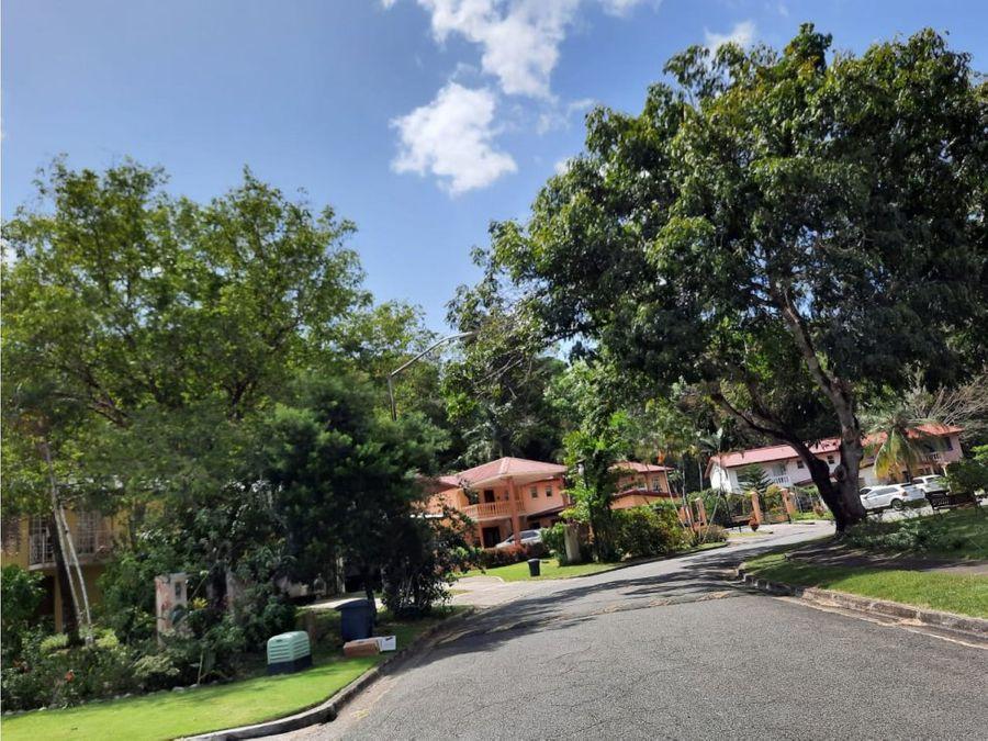 sea confiable vende casa en clayton con hermoso patio